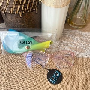 *Accepting Offers* QUAY ALL NIGHTER blue light